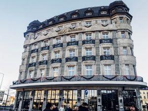 Bir hotel binasi - Leipzig