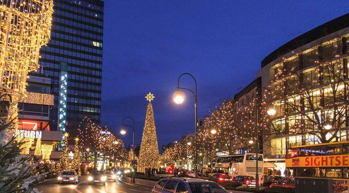 Noel vakti Berli Sokaklari