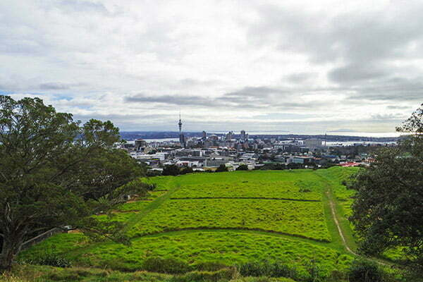 Eden dagina tırmanirken Auckland manzarasi