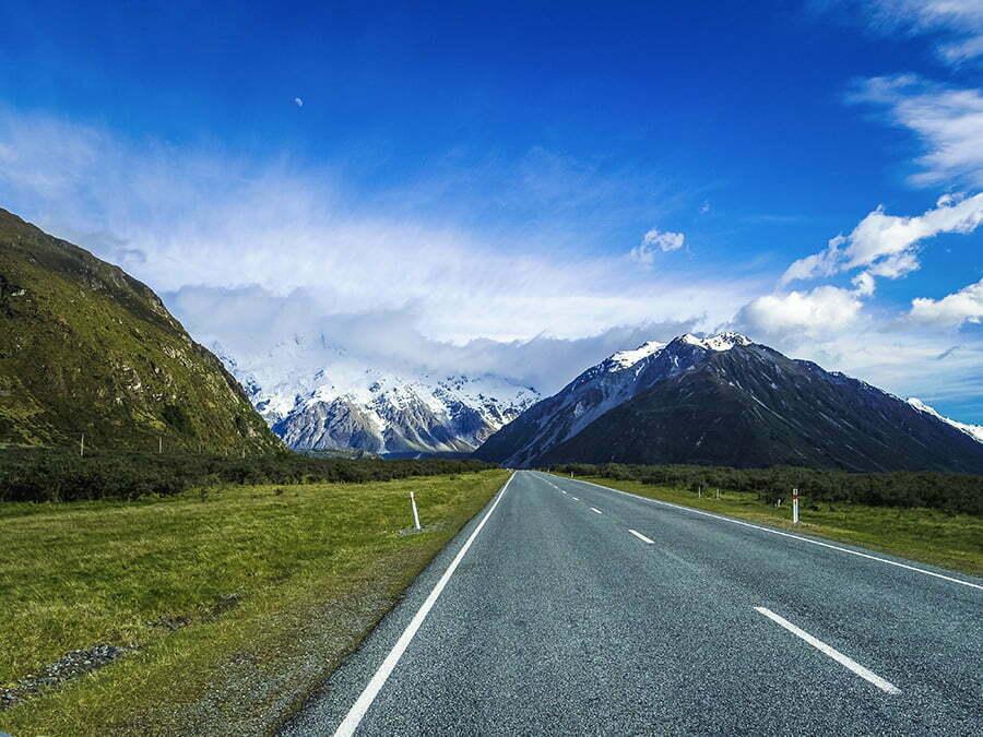 Aoraki Mount Cook National Park a yaklasirken