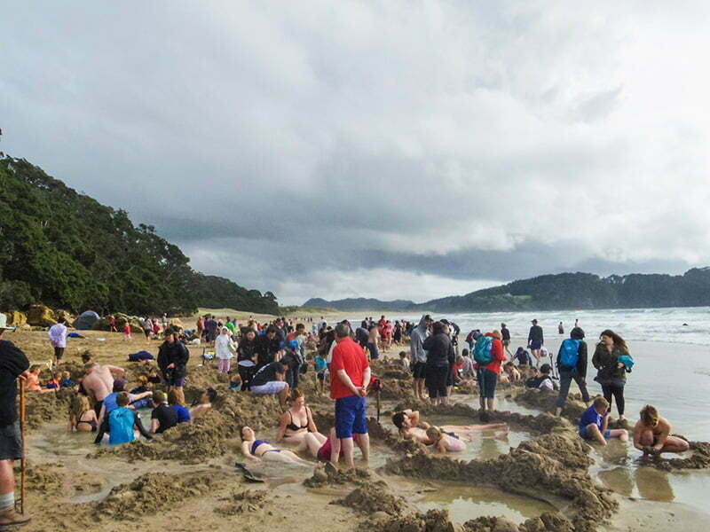 hot-water-beach-coromandel-yarimadasi-2