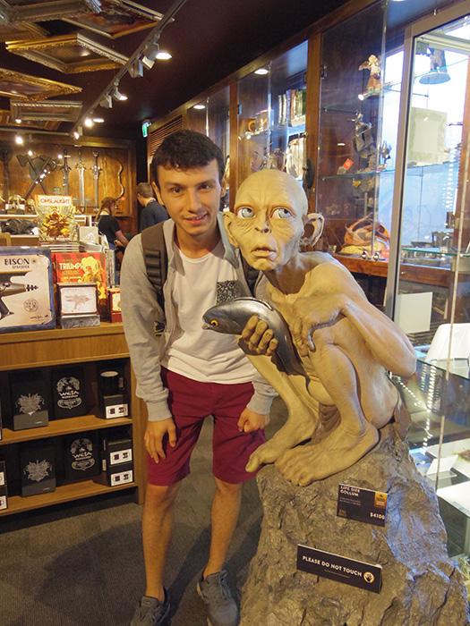 weta-cave-gollum-heykeli